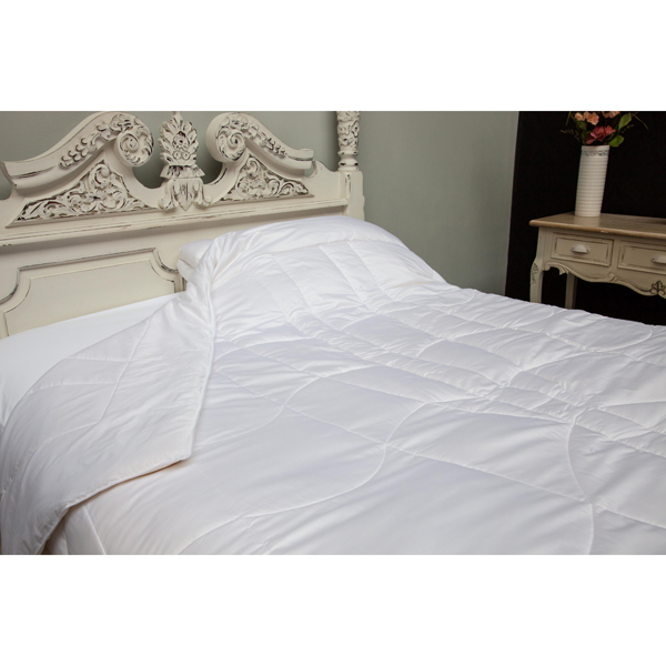 Boo Living 100% Bamboo Filled Luxury Duvet (Super King)