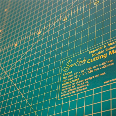 Sew Easy Double Sided Cutting Mat 24 x 18 inches