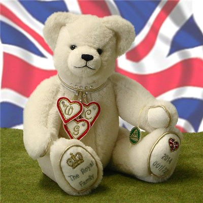The Royal Family Bear by HERMANN - Spielwaren (Limited Edition of 227 Pieces)