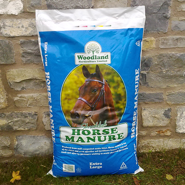 Shredded Horse Manure XL 60L Bag for Mulching No Colour