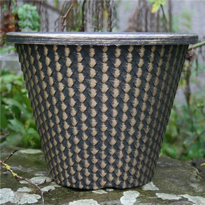 Set of 4 Pinecone Planters 11inch (27cm) diameter