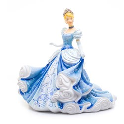 Cinderella figurine by English Ladies - Height 22cm