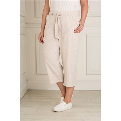 Emelia Seersucker Crop Trouser