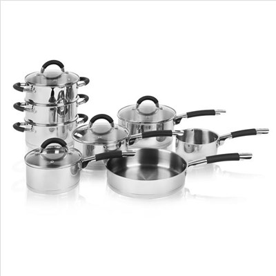 Swan 8 Piece Saucepan Set With - S/Steel