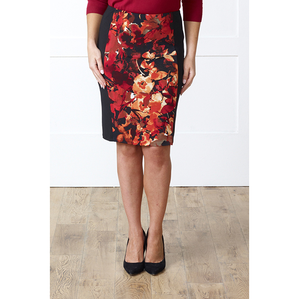 Lavitta Floral Bouquet Illusion Panel Skirt 24In Red