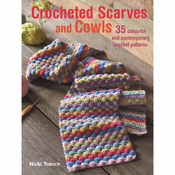 ISBN 9781782493648 Crocheted Scarves and Cowls No Colour