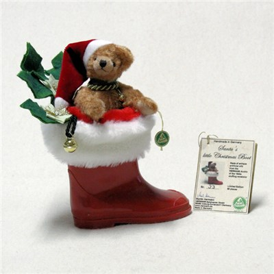 Santas Little Christmas Boot Bear by HERMANN - Spielwaren