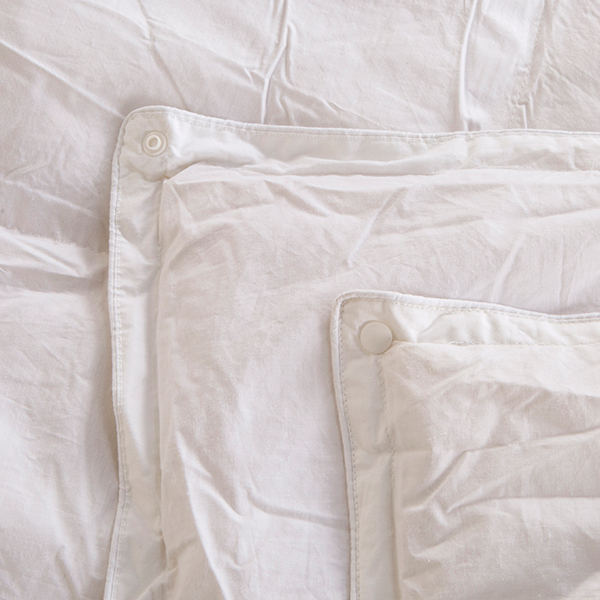 60% off Downland All Seasons White Goose Feather & Down 15 Tog Duvets