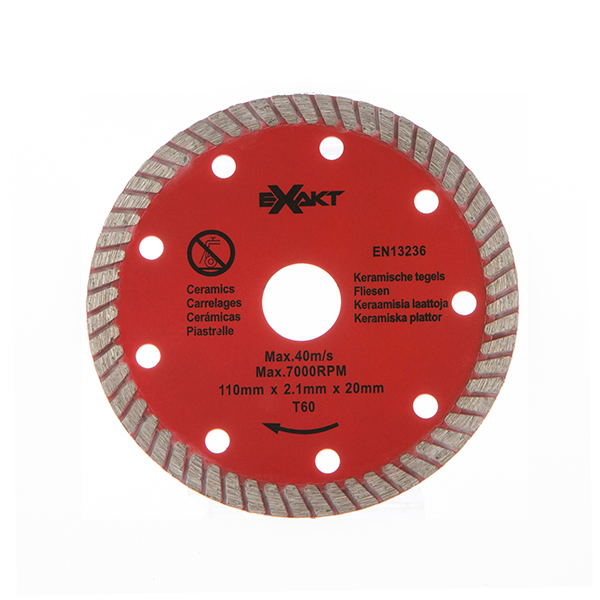Exakt Deep Cut Plunge Saw With Small And Large Pipe Attachments Protector Plate 3