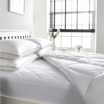 Downland Mulberry Silk T300 Satin Stripe Silk Duvet Single