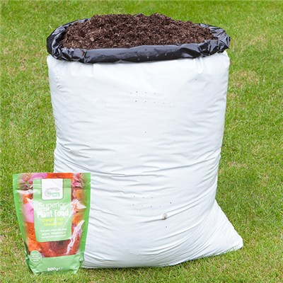 Compost 80L and Blooming Fast Superior Soluble Feed 500g