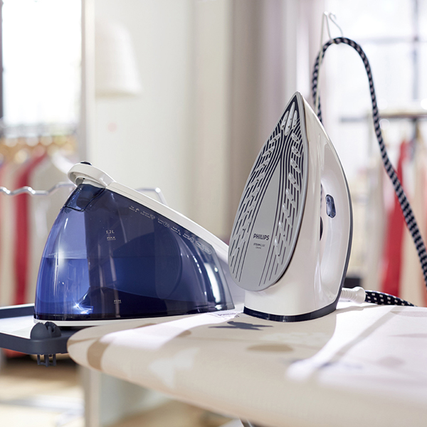 Philips SpeedCare Plus Steam Generator Iron