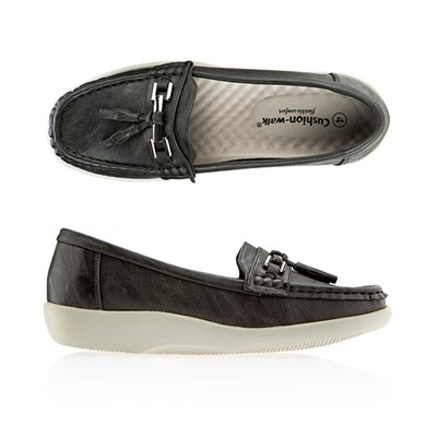 Cushion Walk Super Flex Tassel Bar Detail Loafer