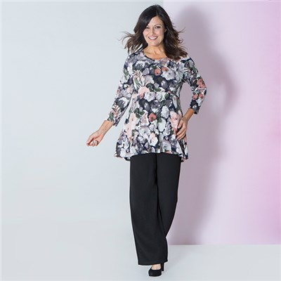 Nicole Printed 3/4 Sleeve Empire Line Top