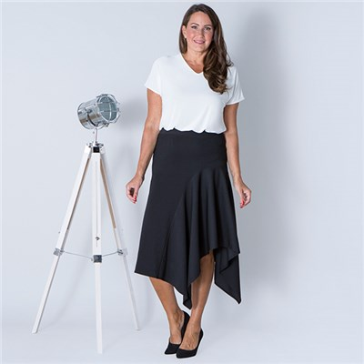 Anamor Asymmetric Skirt
