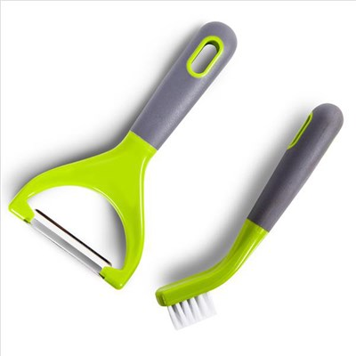 Tower Vegetable Peeler and Cleaning Brush Set