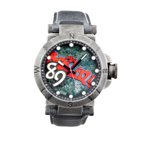 Pramzius Gent's Limited Edition Automatic 48mm Iconic Berlin Wall Watch with Interchangeable Straps and 4 Slot Box Red