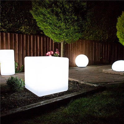 Cube Colour Changing Solar Light with USB Charging Port