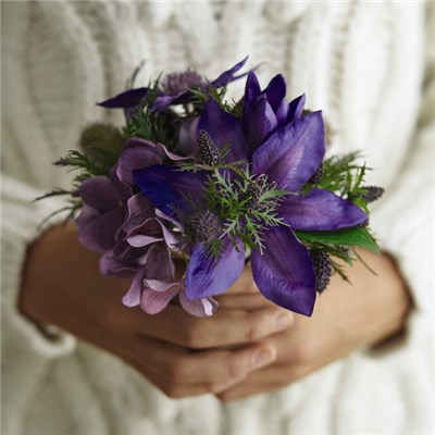 Highland Posy with BONUS Silk Flower Cleaning Spray 1603633