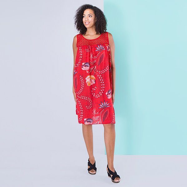 Sugar Crisp Crochet Neckline Flower Print Dress Red