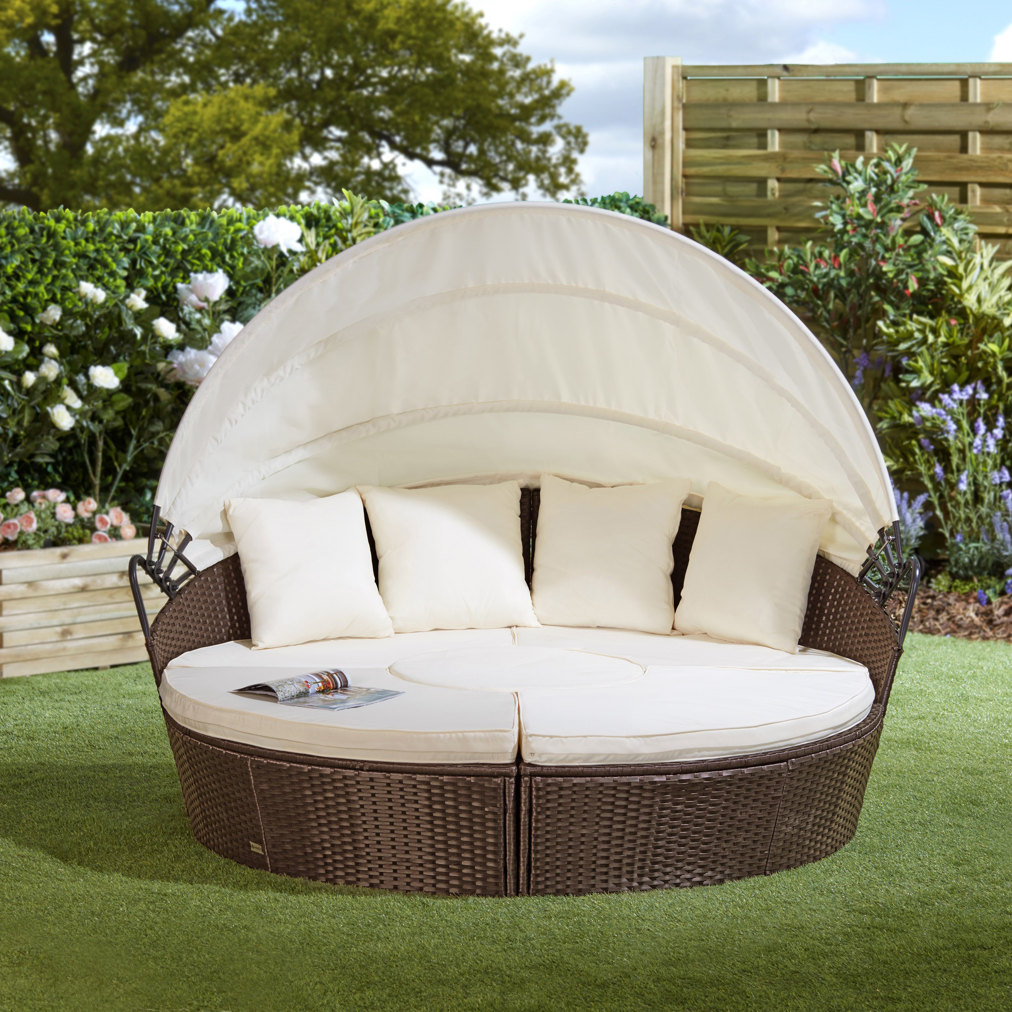 Brown Rattan Day Bed 210cm with Table No Colour