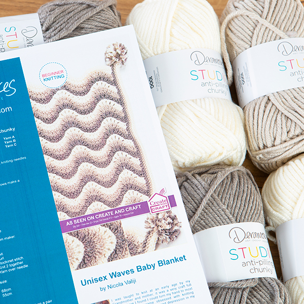 Deramores Knitted Baby Blanket Kit - Waves