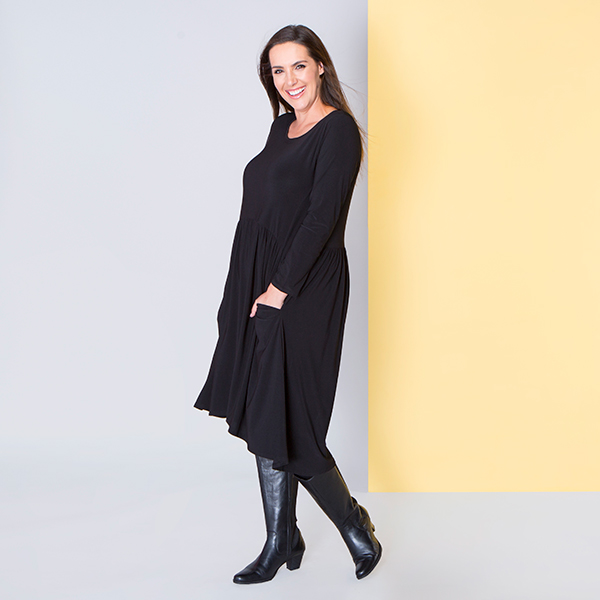Nicole Long Sleeve Smock Pocket Dress Black