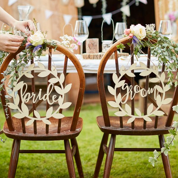 Ginger Ray Chair Signs - Bride & Groom No Colour
