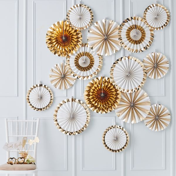 Ginger Ray Fan Decoration Backdrop - Gold No Colour