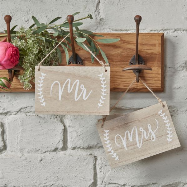 Ginger Ray Mr And Mrs Wooden Chair / Hanging Signs - Boho No Colour
