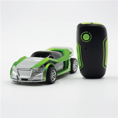 RED5 Green Motion Controlled Car