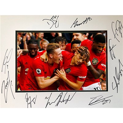 Manchester United Framed Multi Signed Photo Mount
