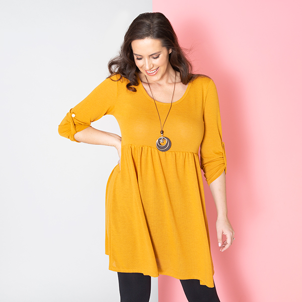 Sugar Crisp Tunic Top with Necklace Mustard
