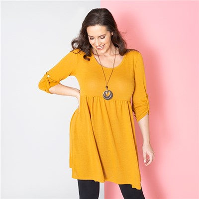 Sugar Crisp Tunic Top with Necklace