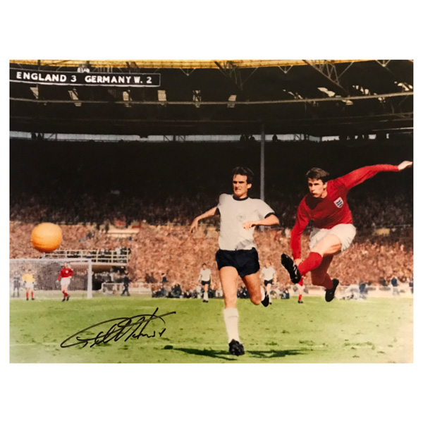 Sir Geoff Hurst 1966 Personally Signed England World Cup Winning Hero Photo 16 x 12 No Colour