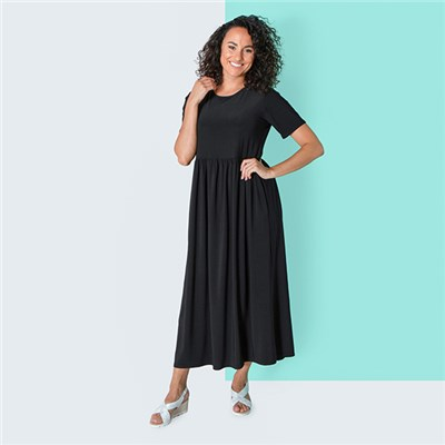Kasara Plain Maxi Dress with Pockets