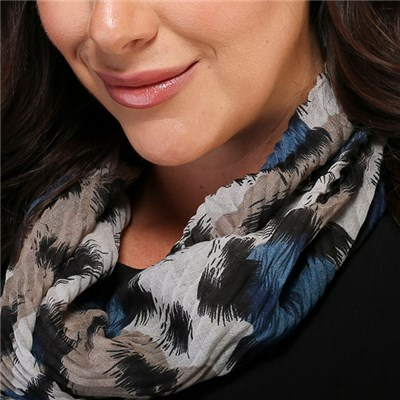 Animal Print Pleated Magnetic Scarf